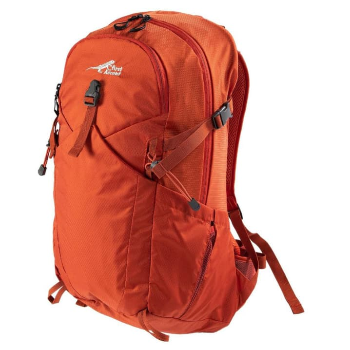First Ascent Contour 30L