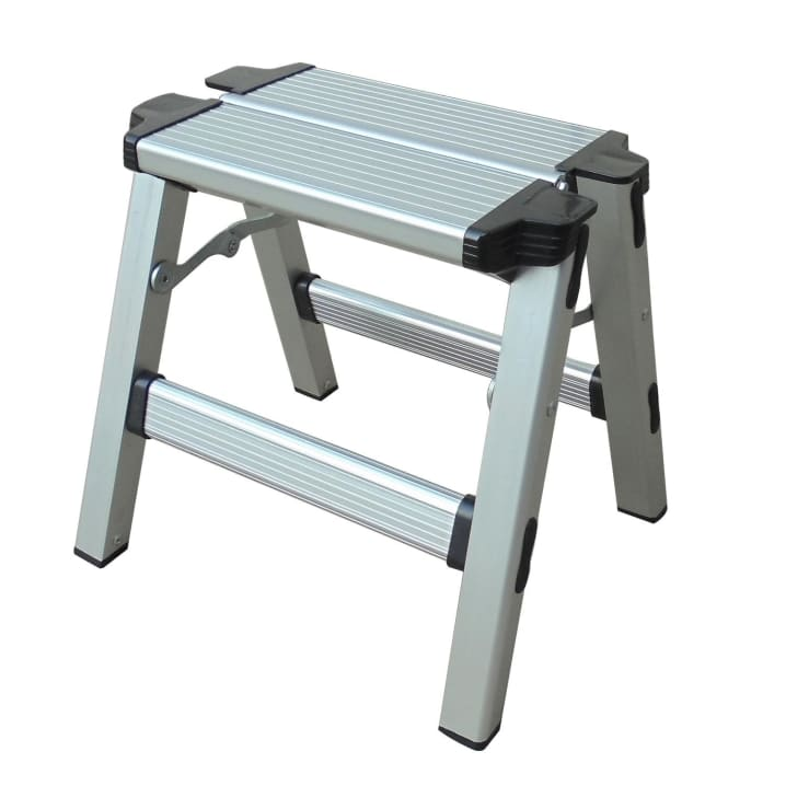 Natural Instincts Aluminium Step Ladder
