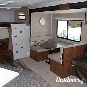2018 Coachmen Freedom Express 28 Special Edition Buda, ...