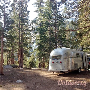 01960 Airstream Land Yacht with 2015 Chevy Colorado tow vehicle add-on  San Francisco, CA