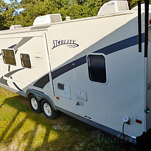 Top 25 Selma, NC RV Rentals and Motorhome Rentals   Outdoorsy Wiring Diagram Jayco Jay Raven on pop up camper lift system diagram, jayco connector diagram, jayco owner's manual, jayco battery wiring, jayco plumbing diagram, jayco pop-up wiring,