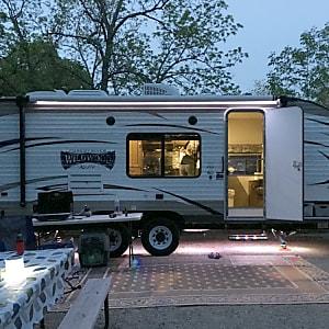 cfbf0d63c9 2017 Forest River Wildwood X-Lite Des Moines