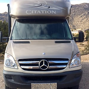 1a504e130f 2014 Thor Motor Coach Chateau Citation Albuquerque