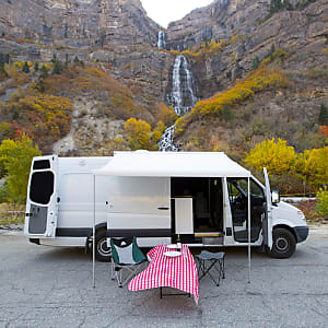 7ee6241d9cf6c8 Custom Extended High Roof Sprinter! -- Jaunt Vans Salt Lake City