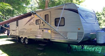 Jayco Jay Flight 32' Bunkhouse Double Slide with Outdoor Kitchen