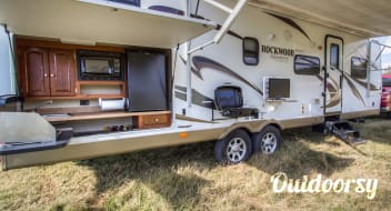 2012 Forest River Rockwood Signature Ultra
