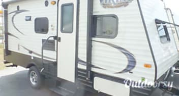 2017 Viking 17bh - Easy to tow with SUV or Truck! Lots packed into this RV
