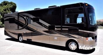 2012 Thor Motor Coach Hurricane