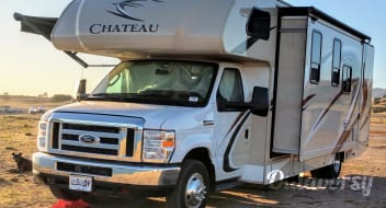 2018 Thor 28Z Chateau Class C - Sleeps 6-8  Let's Go Glamping!