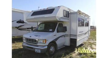 Friendly RV Rentals - Minnie Winnie