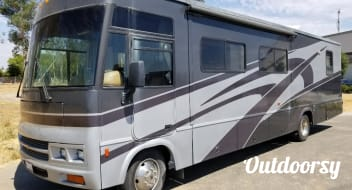 35' Winnebago *Unlimited Miles*