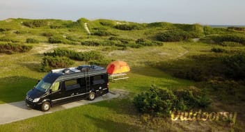 2014 Airstream Interstate Lounge 9 EXT (aka Ajax-Lux)