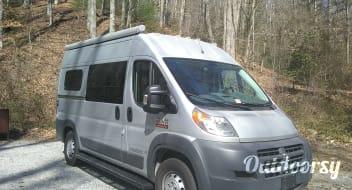 SUMPVEE V5 Custom Camper Van