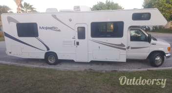2006 FOUR WINDS MAJESTIC 29 FOOT HAVE FUN AND EASY TO DRIVE.