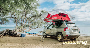 Jeep 4x4 with Rooftop Tent Fully Equipped