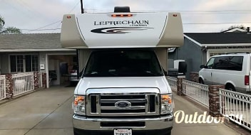2017 Coachmen Leprechaun... NO MILEAGE CHARGED! FREE WIFI!