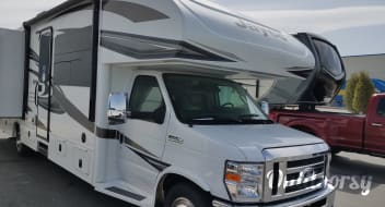 Beautiful 2018 Jayco Greyhawk