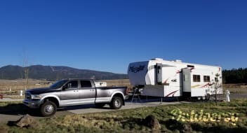 Will deliver! 2009 Heartland Cyclone 3795 Fifth wheel Toy hauler with washer/dryer