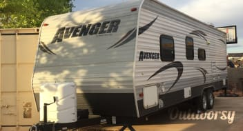 2014 Prime Time Avenger Deluxe Package- WE TOW TO YOU!