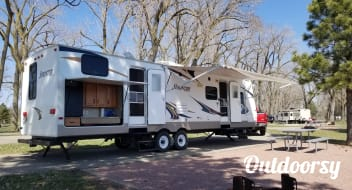 2011 Keystone Sprinter - can be delivered and set up in the Yankton area