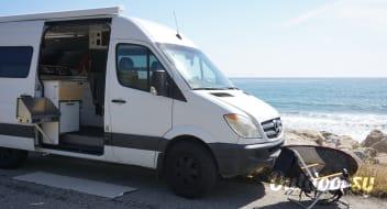 GIDGET - Paradise in a Sprinter Van