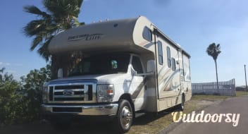 "2016 Thor Motor Coach Freedom Elite ""Squeak"""