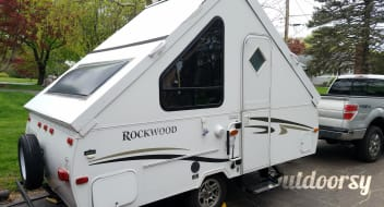 2011 Forest River Rockwood A-Frame Hardside