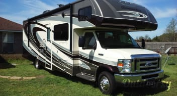 Fun in the Sun Private RV Rental - 2016 Forest River Sunseeker 3050S