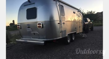 Airstream International Signature - 30% off all bookings until 7/31!!!