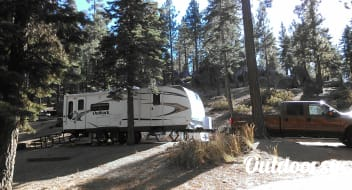 Just what you are looking for! 2010 Keystone Outback, 26ft