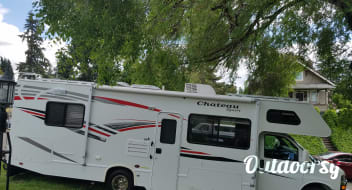2008 Four Winds Chateau Sport 28A Solar Boondocking