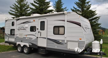 Perfect camper for remote camping or any family outing!