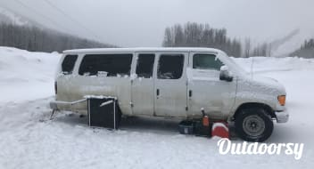 2004 Ford Ford E350