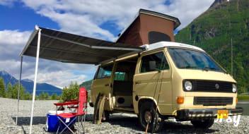 """Volkswagen Vanagon Westfalia Camper Van """"Savannah"""""""