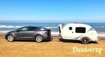 Ms. Luna is an AMAZING new Teardrop!  Brand New in 2018.  Lightweight and easy to haul.