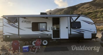 Rent This Trailer 2018 Forest River Cruise Lite (P)