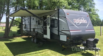 """NEW CAMPER""  Delivery available, 2018 Heartland Pioneer"