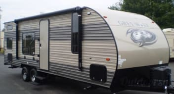 Spacious 2019 Forest River Grey Wolf