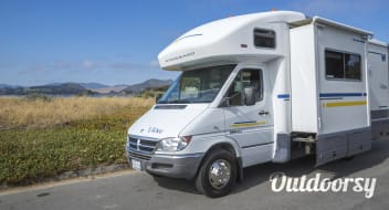 """Scout""- 2006 Winnebago View"