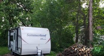 2015 Keystone Summerland Mini