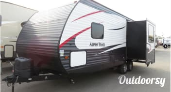 2015 Dutchman Aspen Trails Travel Trailer
