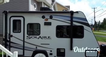 2015 palomino Solaire 147x (Hybrid)