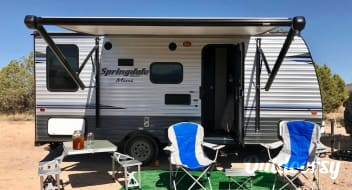 High Vibe Brand New Camper... Come play!