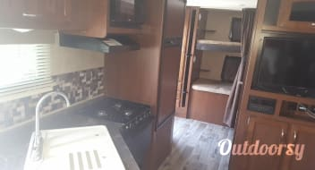 2017 Jayco Jay Feather Ultra Lite (All Inclusive)