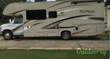 2017 Thor Motor Coach Freedom Elite