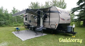 2014 Forest River Inc Solaire 25BHSS