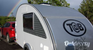 Let us set you up for some fun in this easy to tow teardrop trailer!  All bookings for September get free awning use.