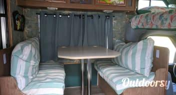 Dawn's Tiki Hut!!