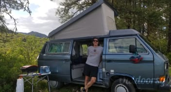 Betty!    1987 Volkswagen Westfalia Poptop Manual with kitchen!
