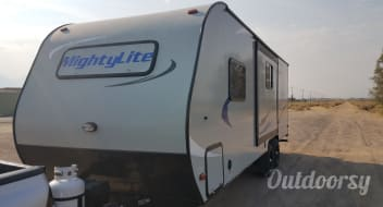 2016 Pacific Coachworks Mighty Lite